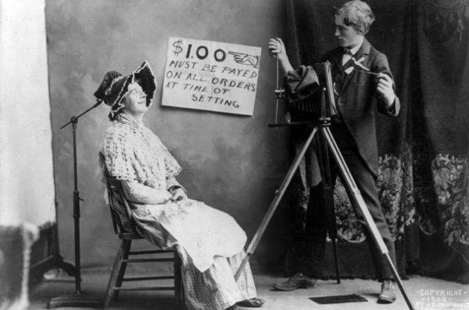 180 anni fa la nascita della fotografia e la prima foto della storia.